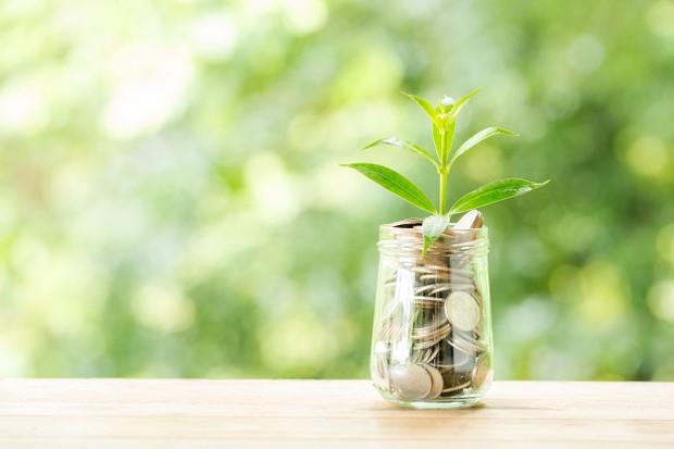Hal pertama yang harus kamu perhatikan saat ingin mengelola keuangan, berapapun penghasilan yang kamu miliki, adalah menentukan kebutuhan pokok yang kamu butuhkan.