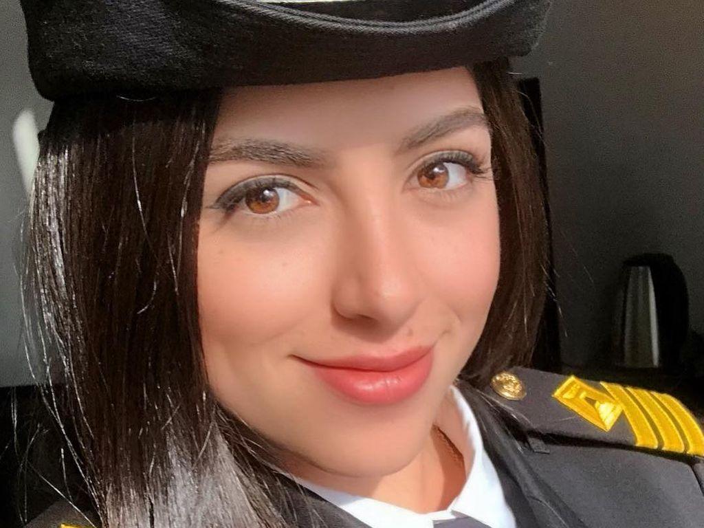 10 Potret Kapten Kapal Wanita yang Disalahkan Atas Macetnya Terusan Suez