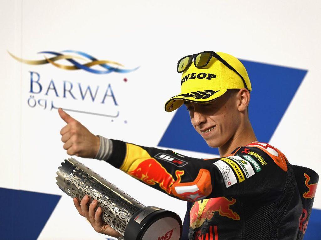 Pedro Acosta Sensasional! Start dari Pitlane, Rider 16 Tahun Ini Menangi Moto3 Doha