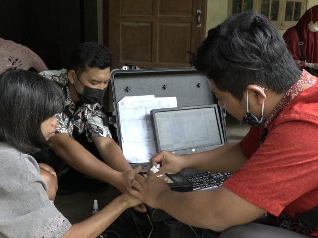 Ratusan Orang Gangguan Jiwa di Boyolali Direkam e-KTP Agar Bisa Ikut BPJS