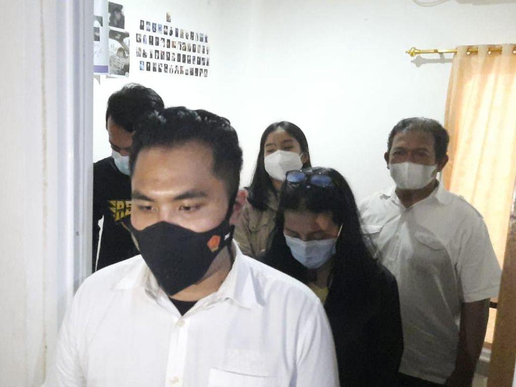 Polisi Tangkap Pelaku Malpraktik Filler Payudara ke 2 Model di Jakbar
