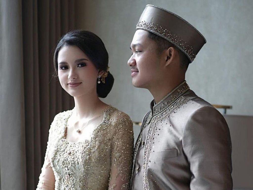 Foto: Cantiknya Sarah Menzel Kekasih Azriel, Berkebaya di Pernikahan Aurel