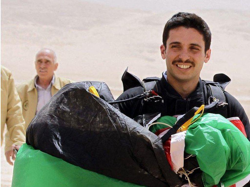Eks Putra Mahkota Yordania Tak Akan Patuhi Perintah Militer untuk Diam