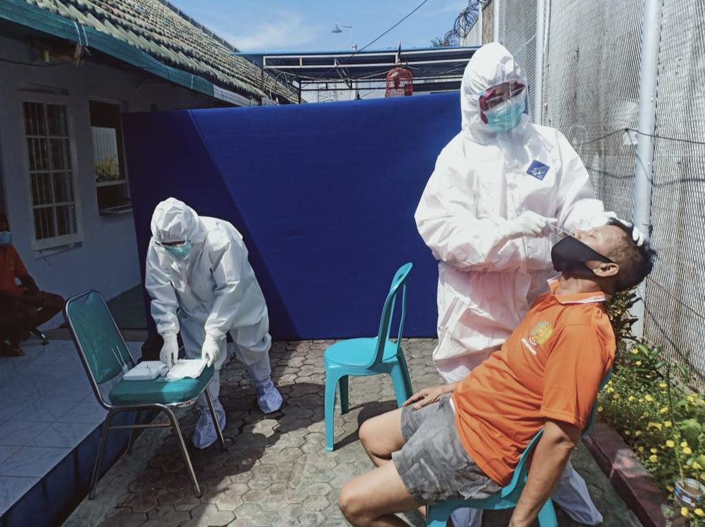 28 Napi Kontak Erat Aktivis Antimasker Banyuwangi Rapid Antigen, Ini Hasilnya