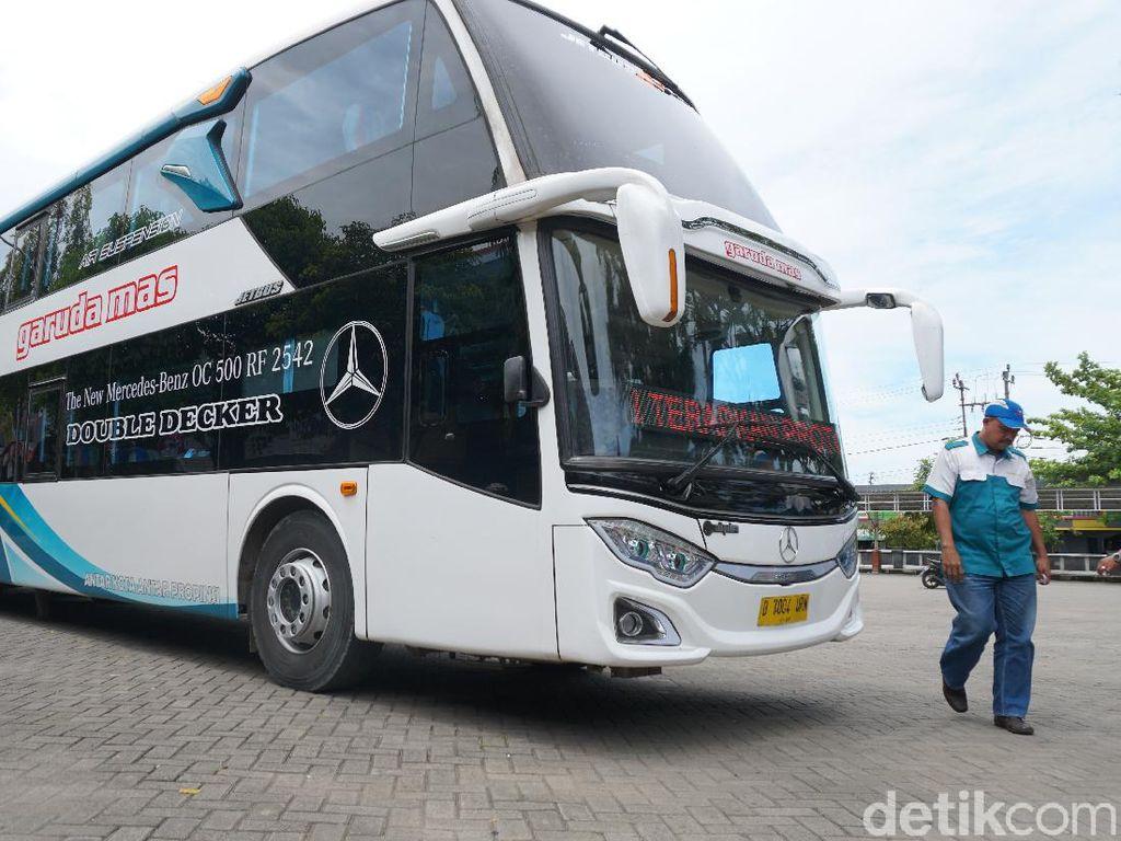 Review Bus Double Decker Baru Garuda Mas, Rute Blora-Jakarta