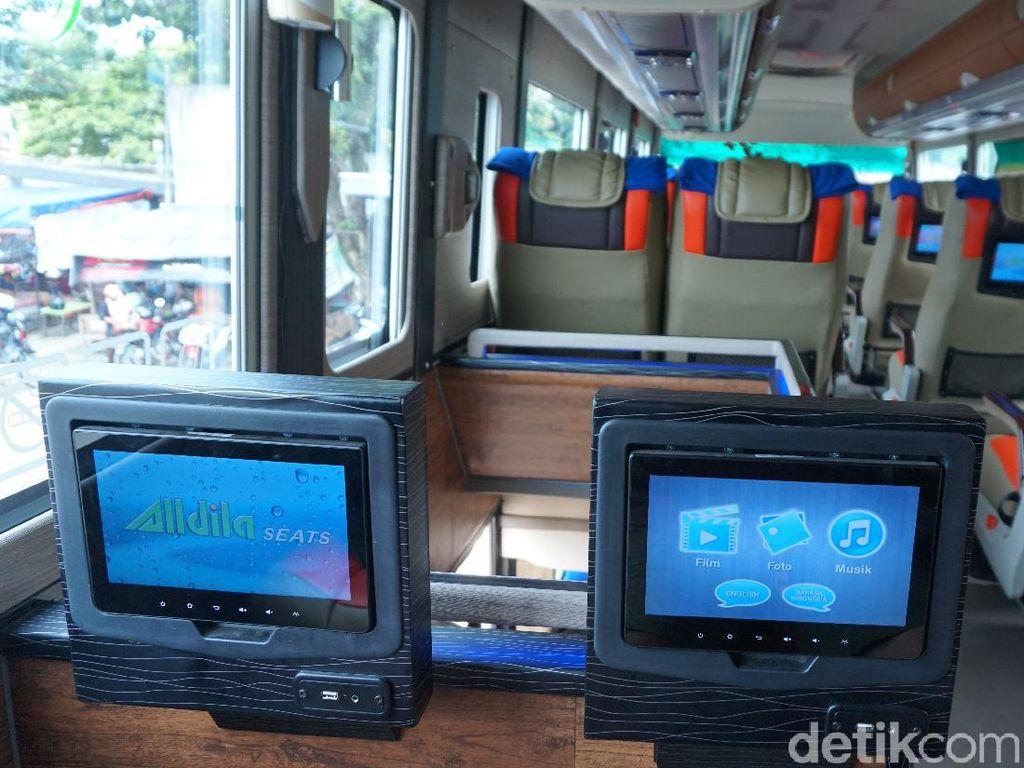 Ini Dia, Posisi Kursi Bus yang Paling Enak Buat Tidur Sepanjang Perjalanan