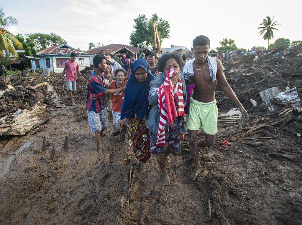 Cerita Warga NTT Kalang Kabut Gegara Kabar Banjir Susulan, Ternyata Hoax