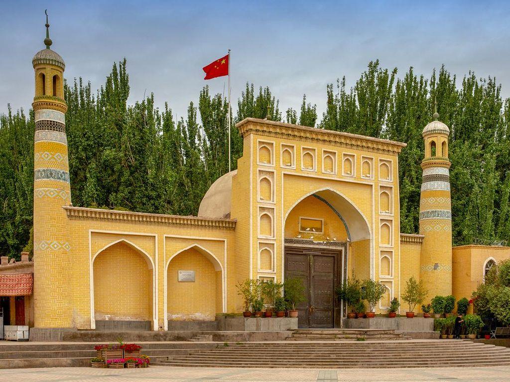 Masjid Berdesain Indah dan Bersejarah di China hingga Pakistan