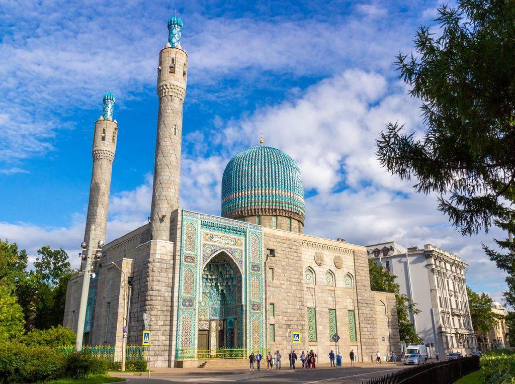 50 Masjid Terindah di Dunia, Traveler Sudah ke Mana Saja? (Bagian 4)