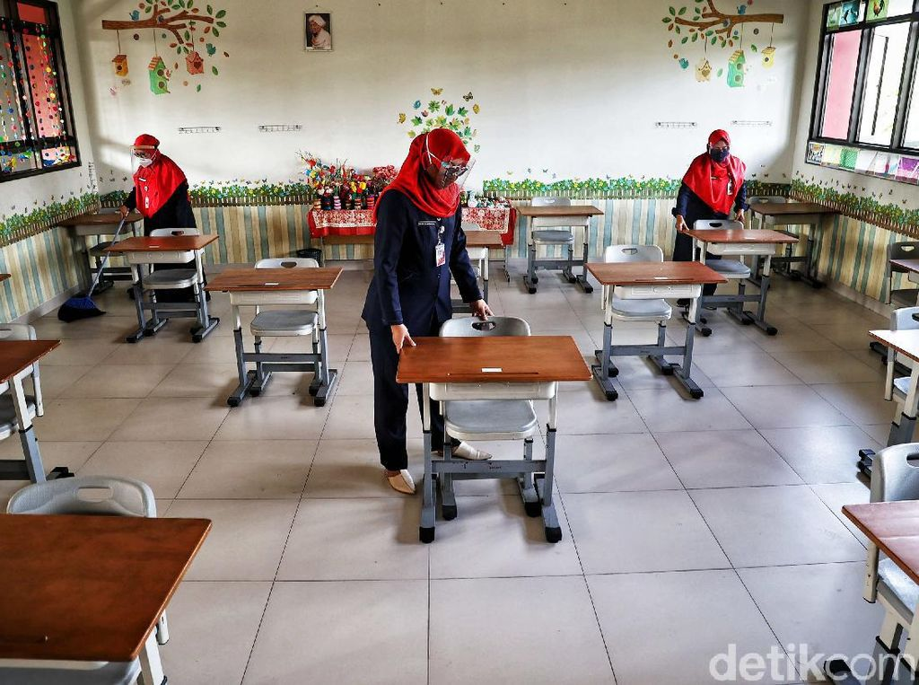 Anggota DPRD DKI Pelototi Uji Coba Sekolah Tatap Muka: Harus Transparan!