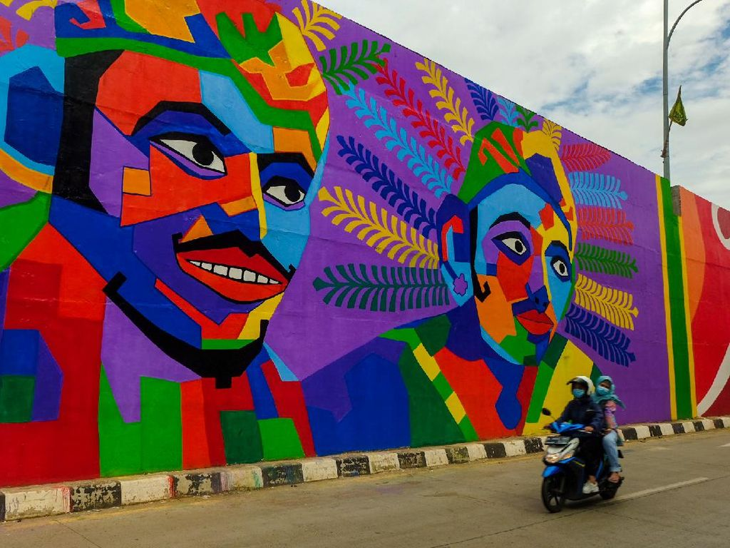 Penampakan Warna-warni Mural di Flyover Gaplek Tangsel