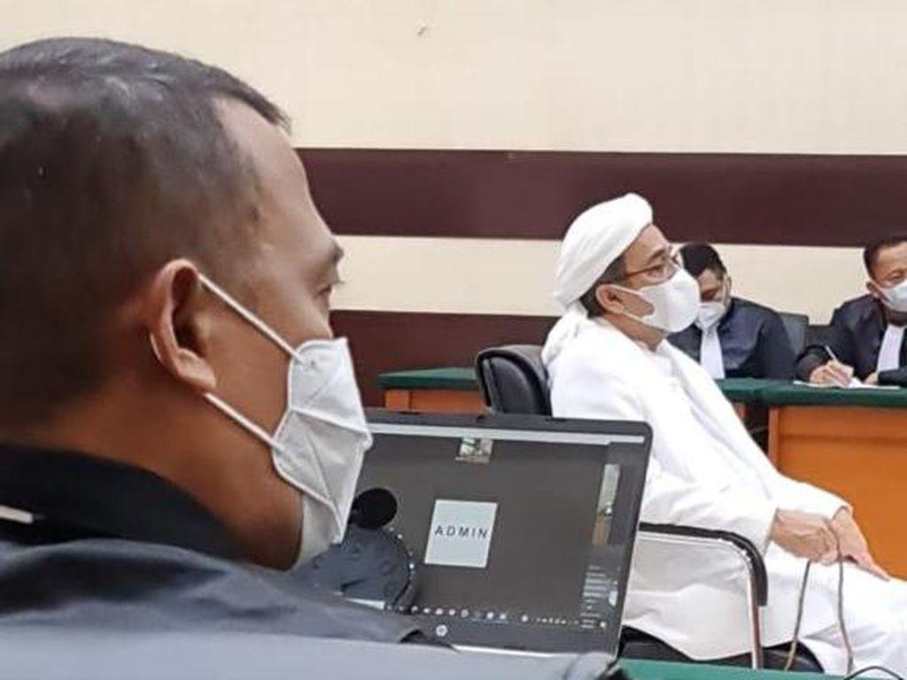 Eksepsi Ditolak, Habib Rizieq Desak Jaksa Sebut Nama-nama Saksi