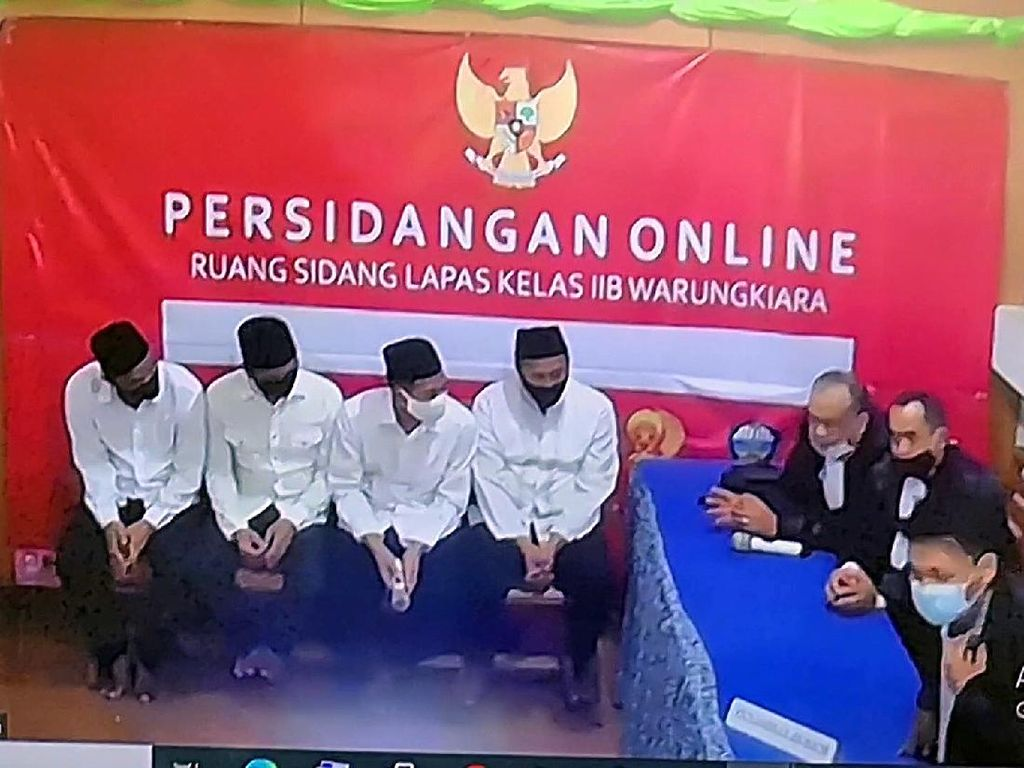 9 Terdakwa Bola Sabu 402 Kg di Sukabumi Divonis Mati!