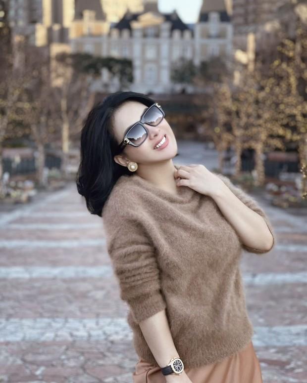 Syahrini salah satu artis terkaya di Indonesia (foto: instagram.com/princessyahrini)