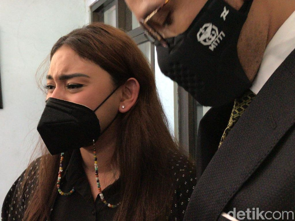 Thalita Latief Jadi Korban KDRT, Dijedotin hingga Gigi Patah