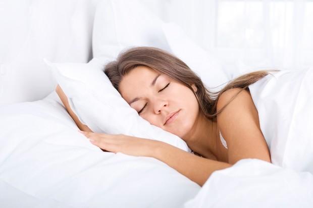 Memiliki jam tidur yang cukup mampu menjaga kebugaran tubuh selama menjalani ibadah puasa.