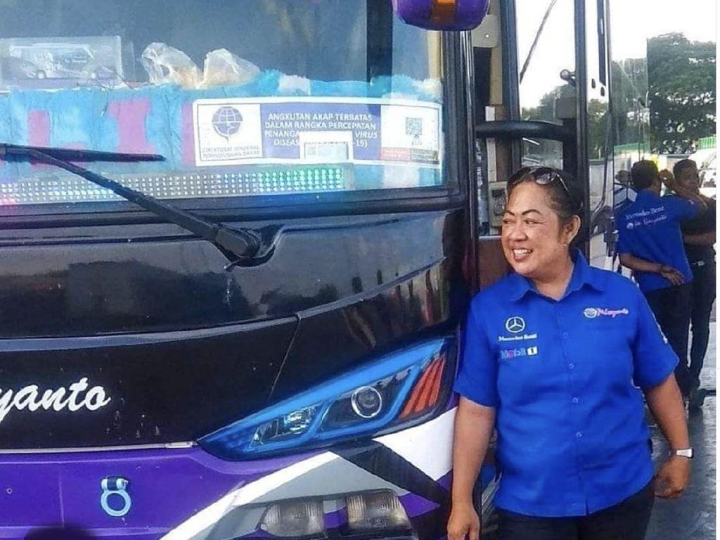 Mengenal Satu-satunya Sopir Bus Wanita PO Haryanto