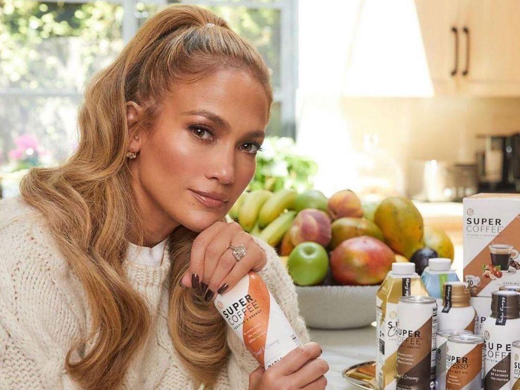 Jennifer Lopez Posting Tentang Cinta, Untuk Ben Affleck?