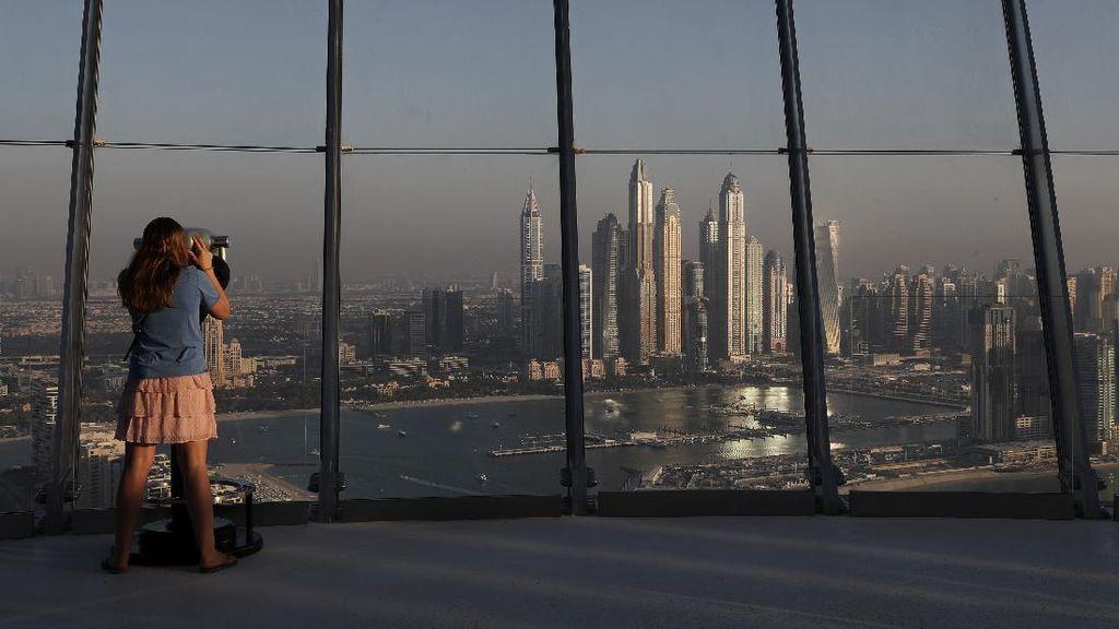 Menikmati Kota Dubai dari Landmark Baru The Palm Tower
