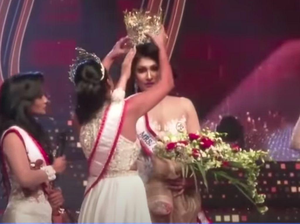 Mrs Sri Lanka 2020 Tuntut Ratu Kecantikan 2019 Usai Insiden Rebut Mahkota