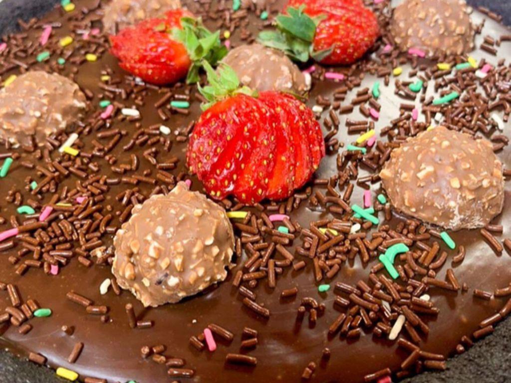 Masak Masak : Pie Cokelat Lapis Tanpa Oven yang Legit Creamy