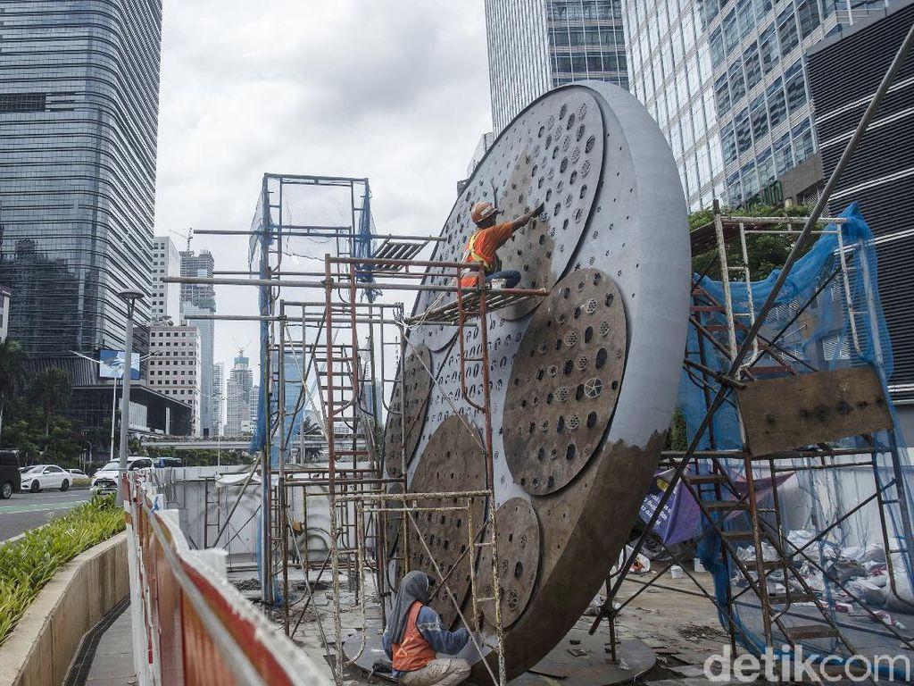 Jalur Sepeda Permanen Target Selesai Mei, Termasuk Tugu Sepeda Rp 800 Juta