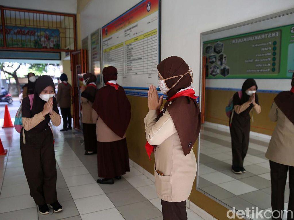 Daftar 85 Sekolah di DKI yang Uji Coba Tatap Muka Hari Ini