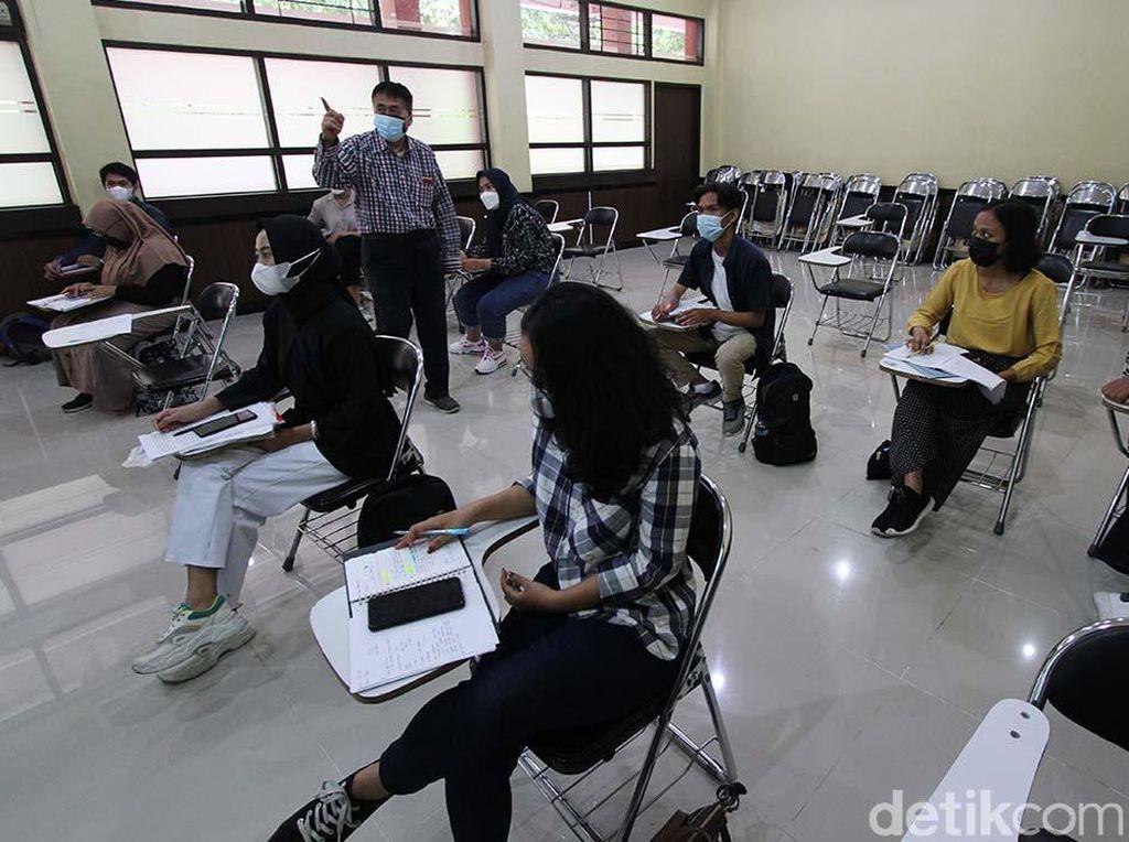 Bingung Pilih Jurusan Kuliah IPA atau IPS? Ini 7 Tipsnya!