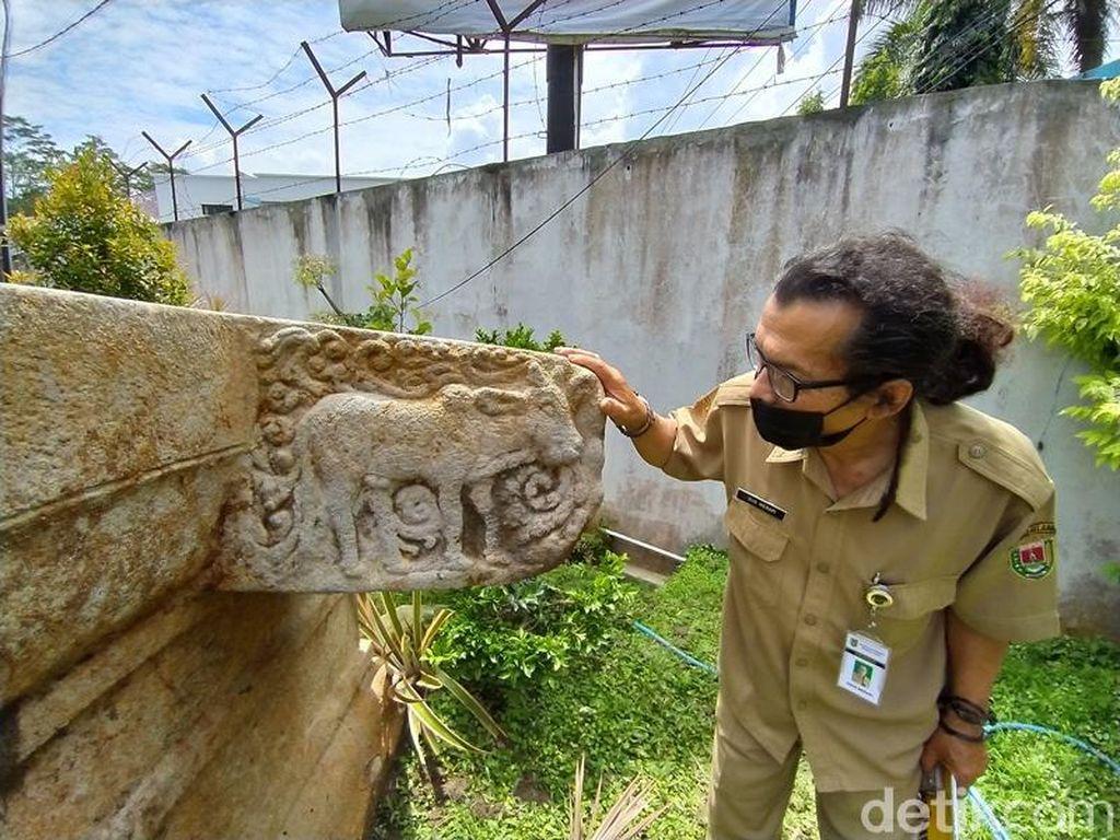Foto: Yoni Raksasa Seberat 5 Ton Ditemukan di Magelang
