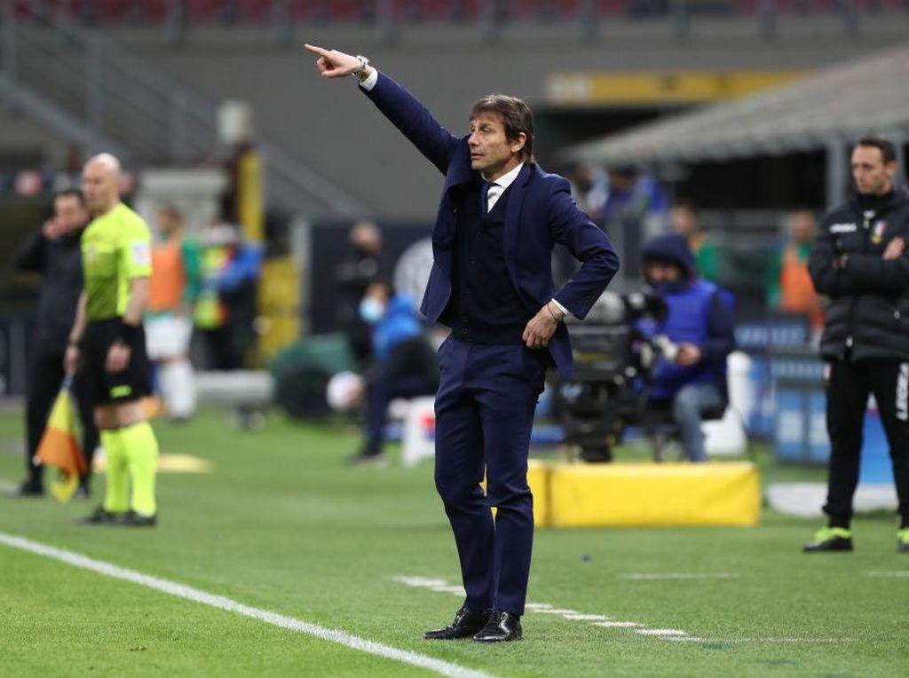 Conte: Scudetto Lebih Penting daripada Main Cantik