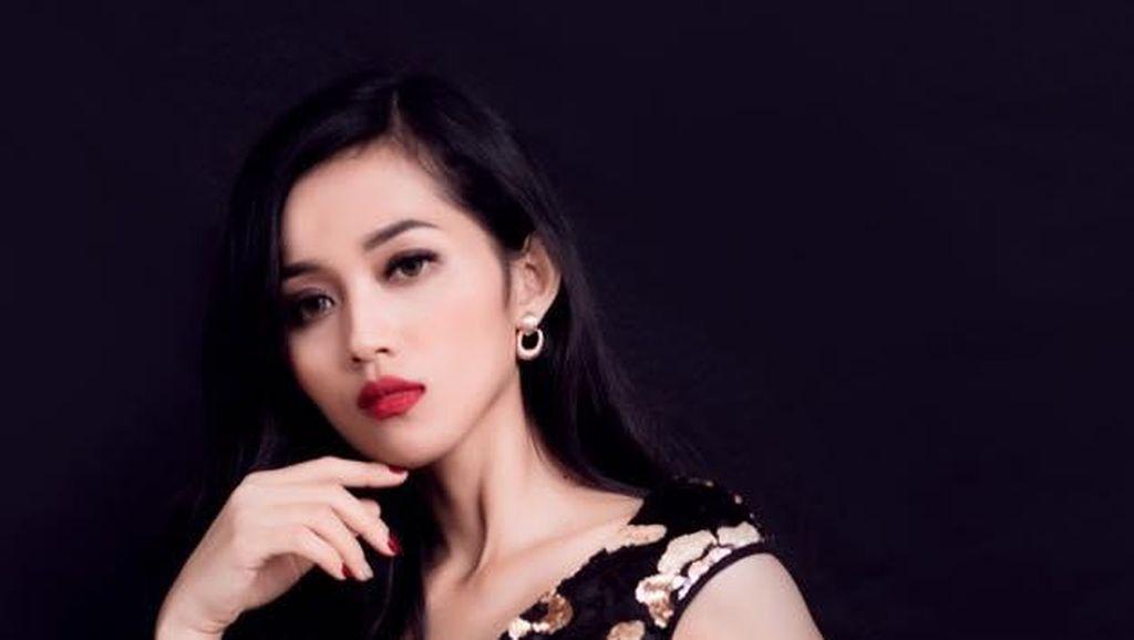 10 Foto Istri Siri Bos BUMN Era Setyowati di Miss Landscapes International