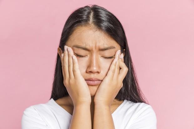Stress Bikin Kulit Kusam! Gimana iya Cara Mengatasinya?