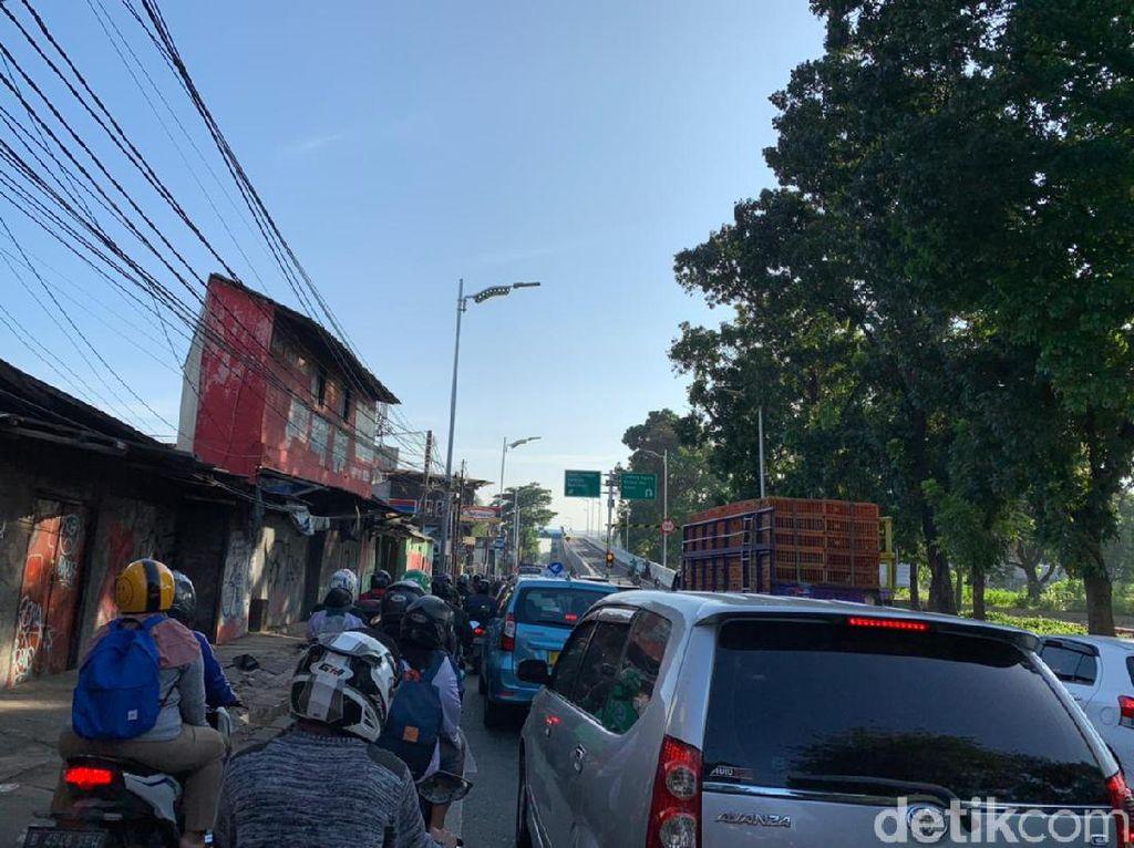 Komisi D DPRD Minta Bina Marga Perhatikan Betul Macet Jelang Tapal Kuda LA