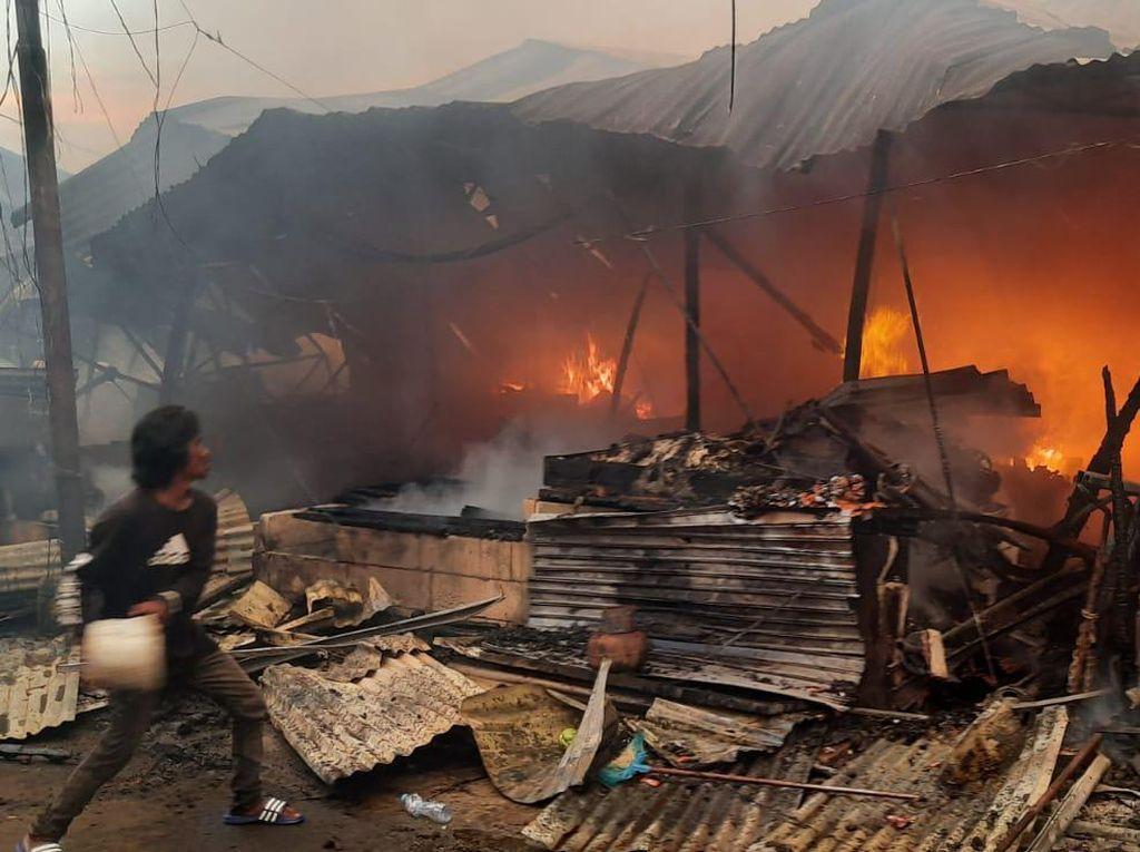 Kerugian Kebakaran di Pasar Kambing Tanah Abang Ditaksir Rp 1 Miliar