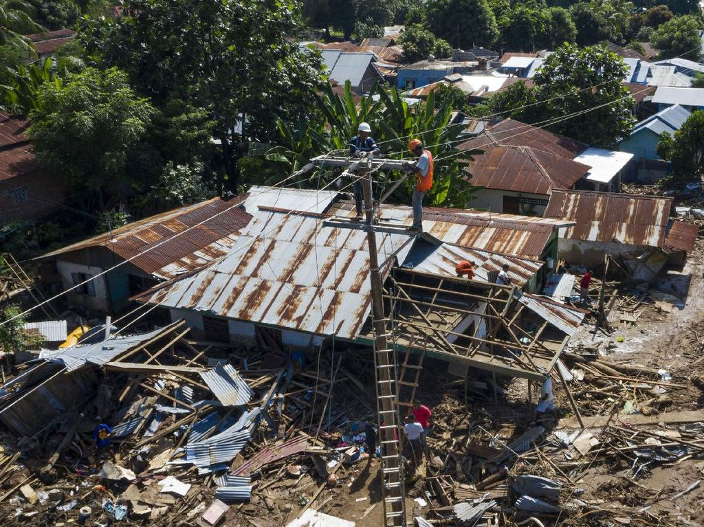 496 Site Operator Seluler Masih Tumbang Imbas Bencana di NTT