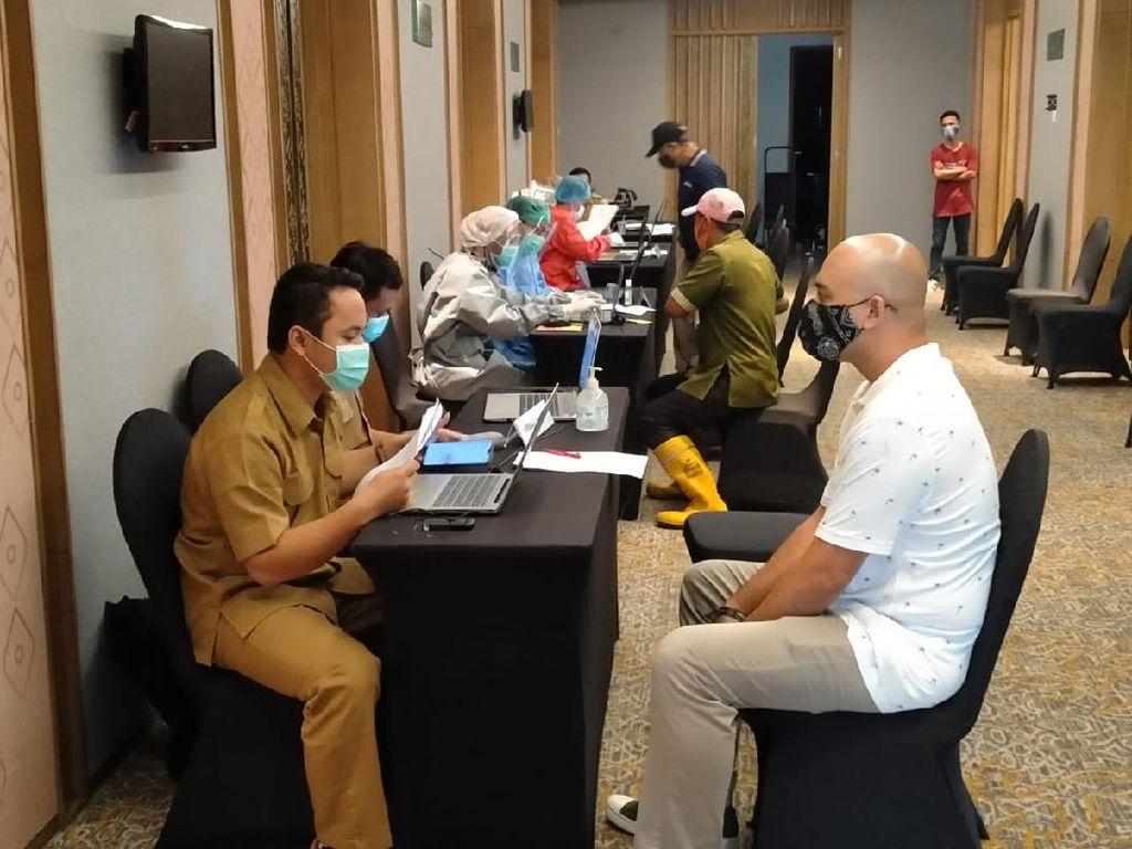 Wujudkan Wisata Sehat, 1.076 Pelaku Wisata di Senggigi Sudah Divaksin
