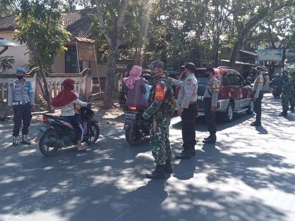 Razia Prokes Warga, Polsek Jerowaru Dukung Kampung Sehat Jilid 2