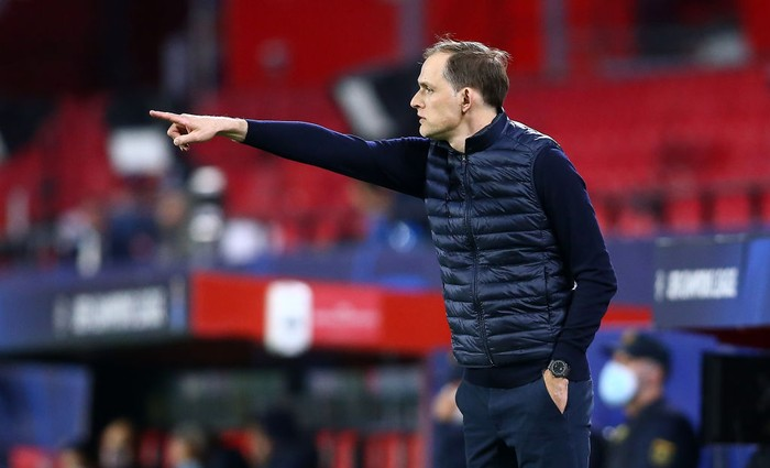 SEVILLE, SPAIN - APRIL 07: Thomas Tuchel, manager of Chelsea FC reacts during the UEFA Champions League Quarter Final match between FC Porto and Chelsea FC at Estadio Ramon Sanchez Pizjuan on April 07, 2021 in Seville, Spain. (Photo by Fran Santiago/Getty Images)