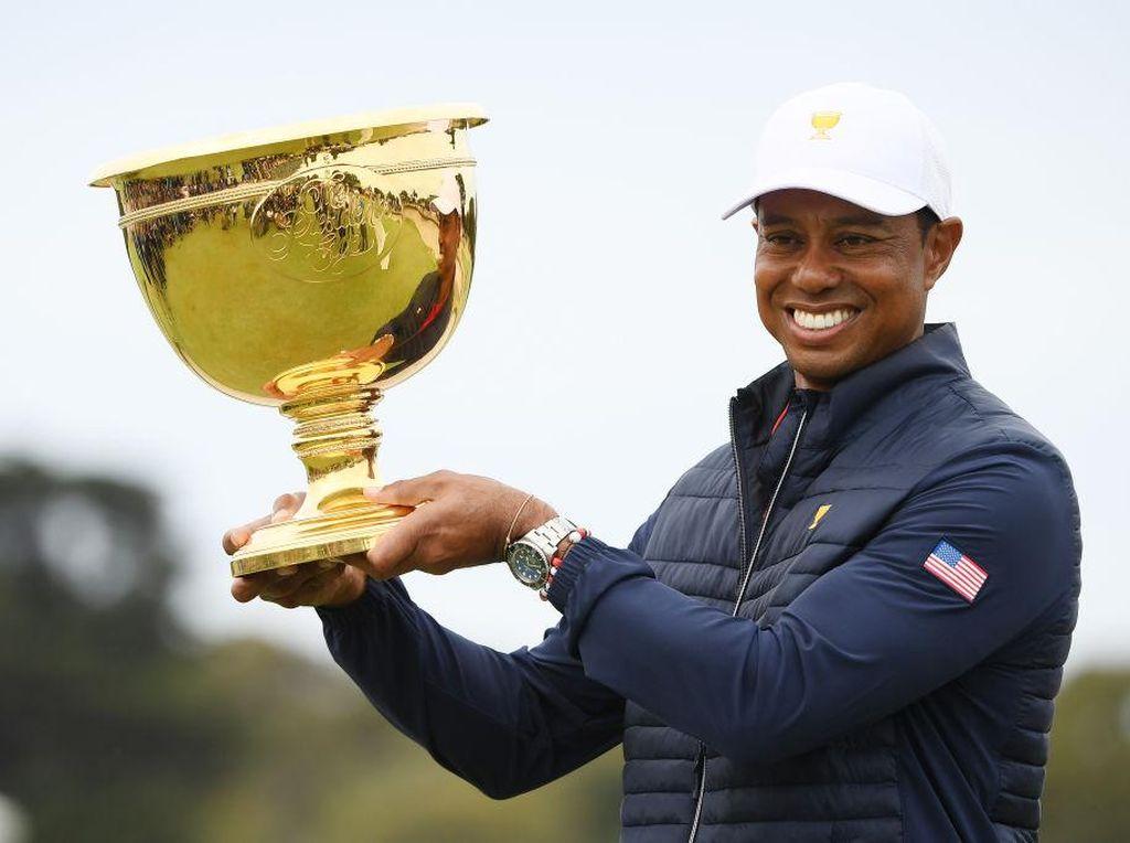 Tiger Woods Ngebut 140 Km/jam Saat Kecelakaan, Mobil Sampai Ringsek