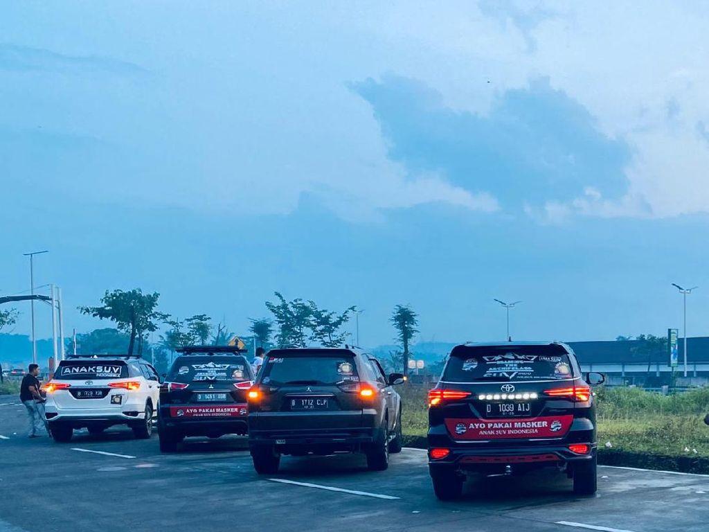 Anak SUV Indonesia: Touring Sekalian Kampanye Protokol Kesehatan dan Bagi-bagi Masker