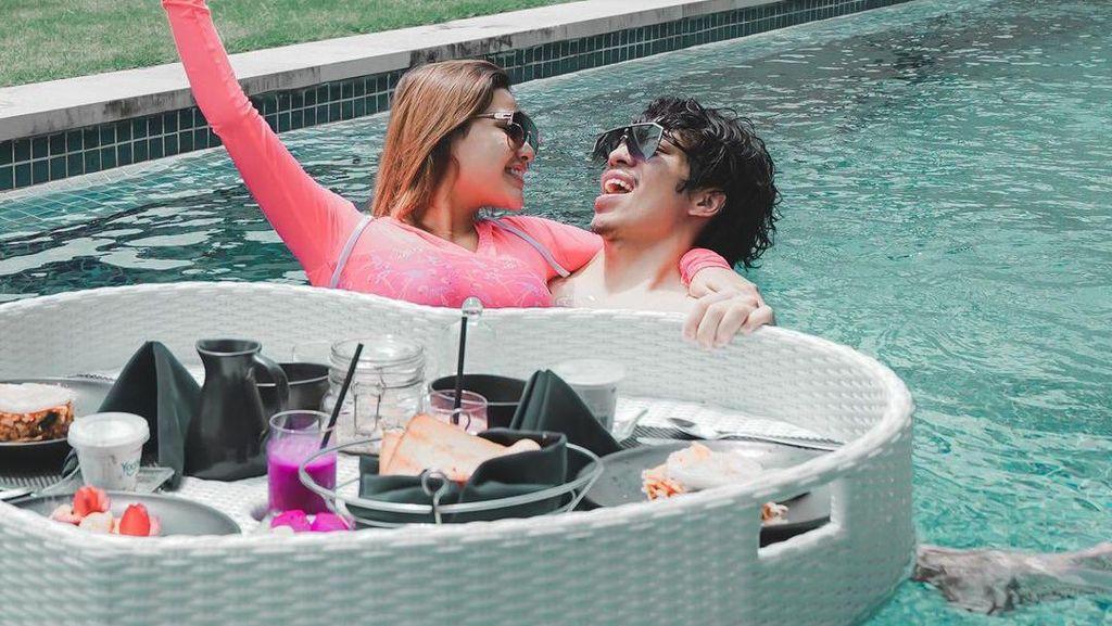 10 Momen Honeymoon Atta & Aurel di Bali, Naik Jet Pribadi Hingga Vila Mewah
