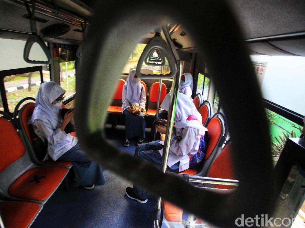 Survei BPS: 8,43 Persen Siswa SMA di Indonesia Masuk Dunia Kerja