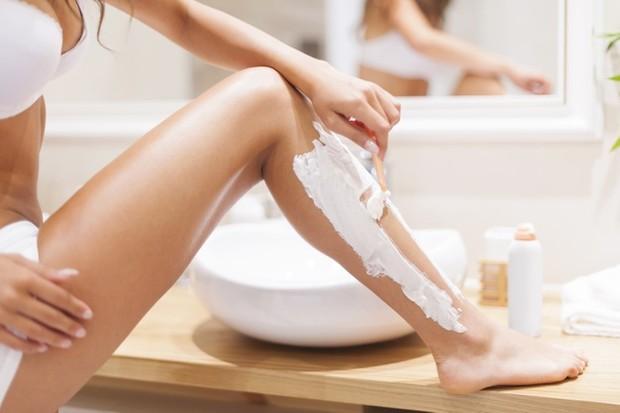 Saat ini ada banyak produk perawatan kulit yang diformulasikan khusus untuk merawat dan mencegah rambut tumbuh ke dalam.