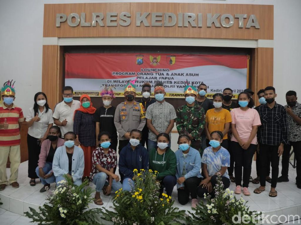 Ada Program Orang Tua Asuh Bagi Pelajar dan Mahasiswa Papua di Kediri