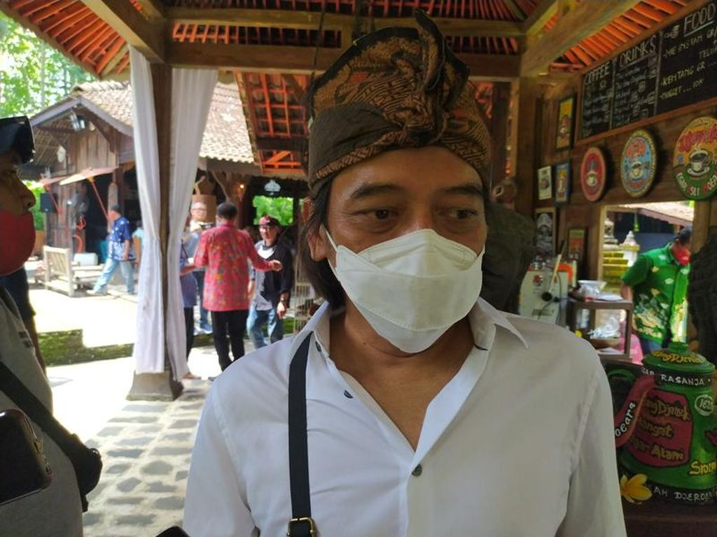 Dewa Budjana hingga Trie Utami Mainkan Alat Musik yang Ada di Relief Candi Borobudur