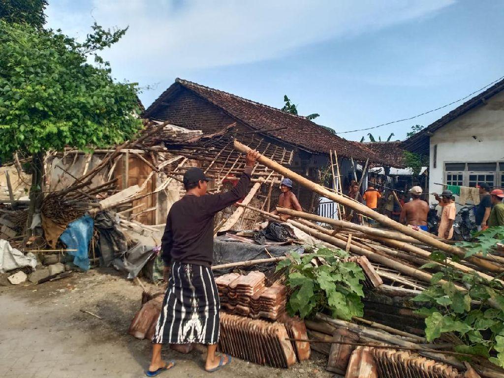 10 Rumah di Jember Rusak Akibat Gempa Malang M 6,1