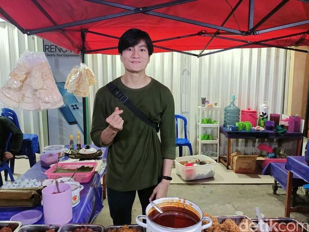 5 Penjual Makanan Mirip Artis Asing, Lee Min Ho hingga Shahrukh Khan