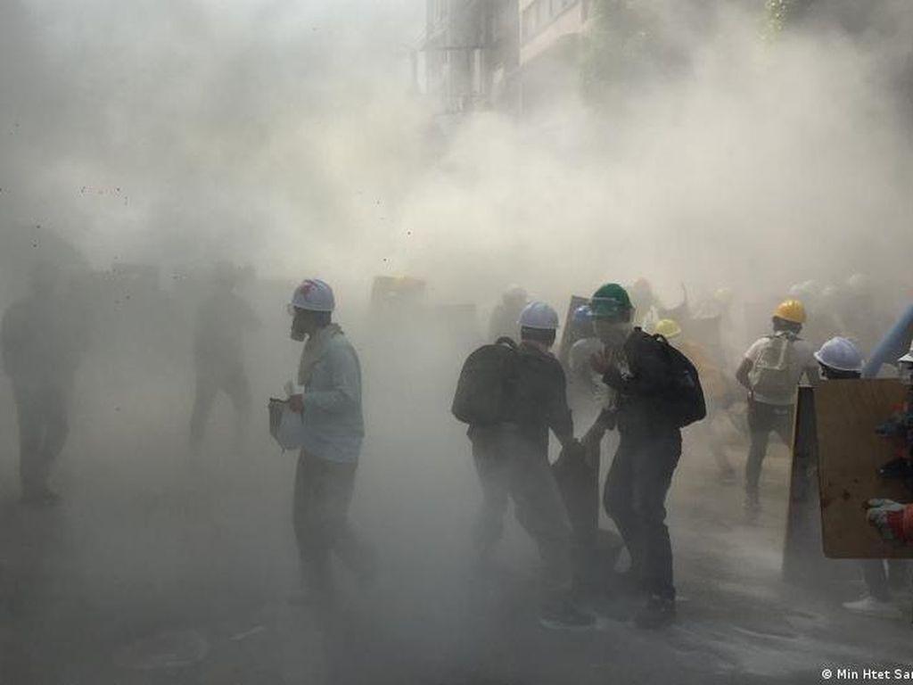 Ledakan Bom Bikin Suasana di Myanmar Makin Mencekam