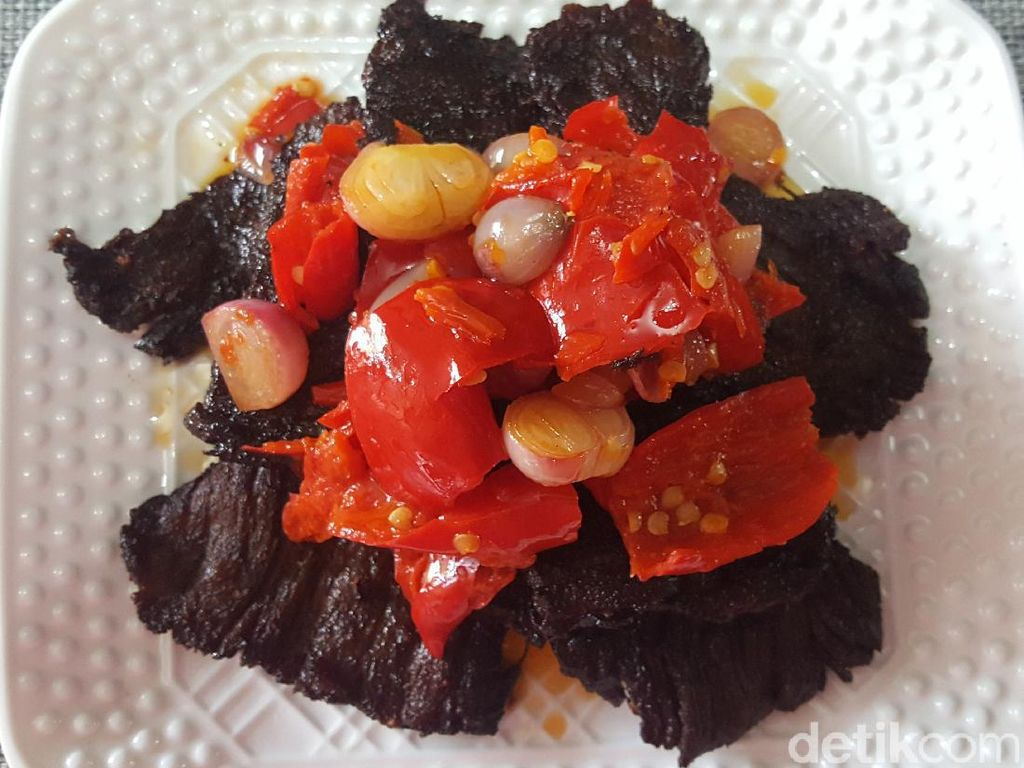 10 Resep Daging Bumbu Tradisional yang Awet Disimpan