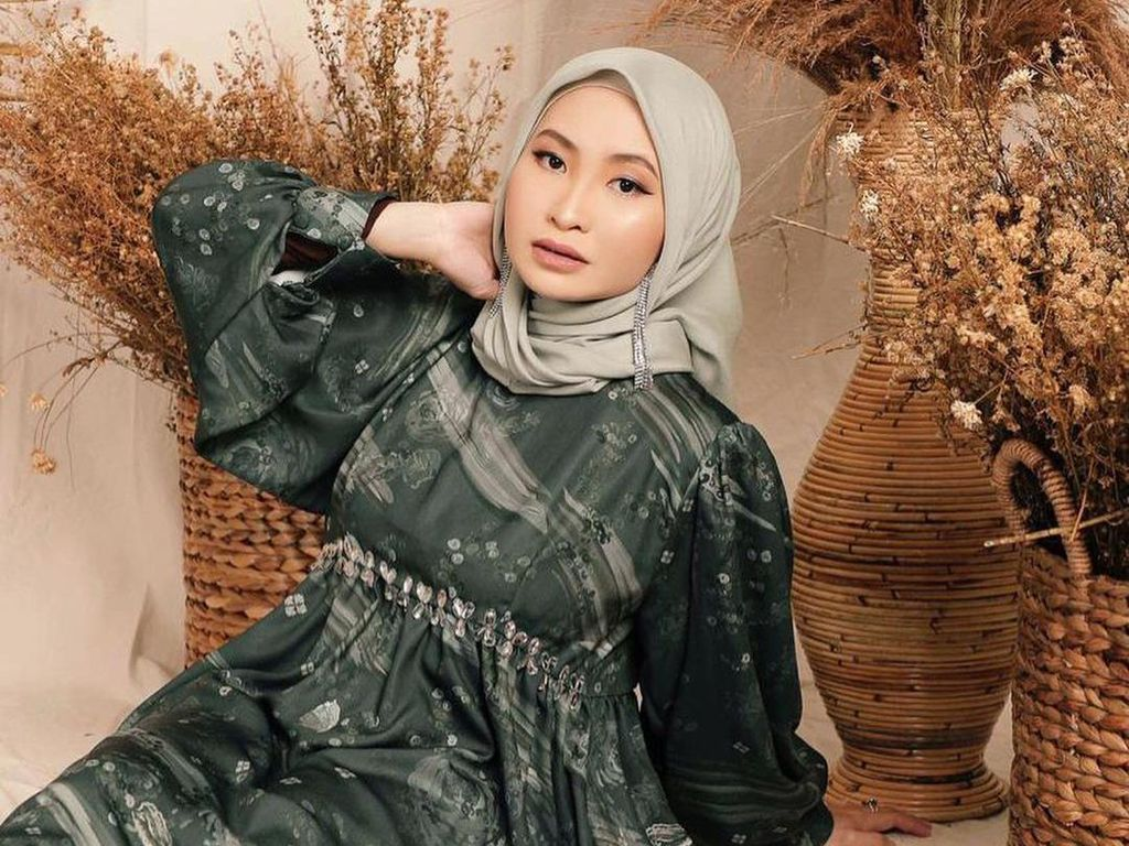 Meninggal di Usia 31, Ini Profil Hartini Chairudin Pemilik Brand Hijab Radwah